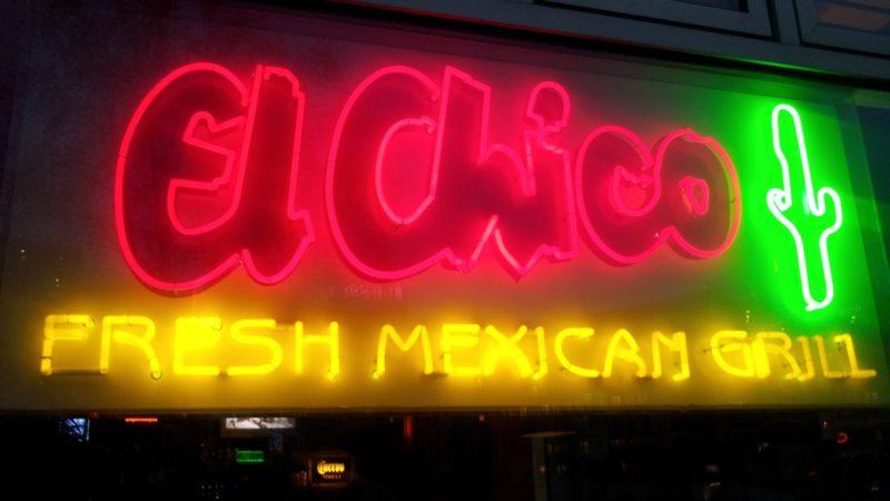 Bild von der Leuchtreklame des El Chico in Stuttgart