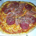 Bild der gelieferten Pizza von Angelo's Pizzataxi