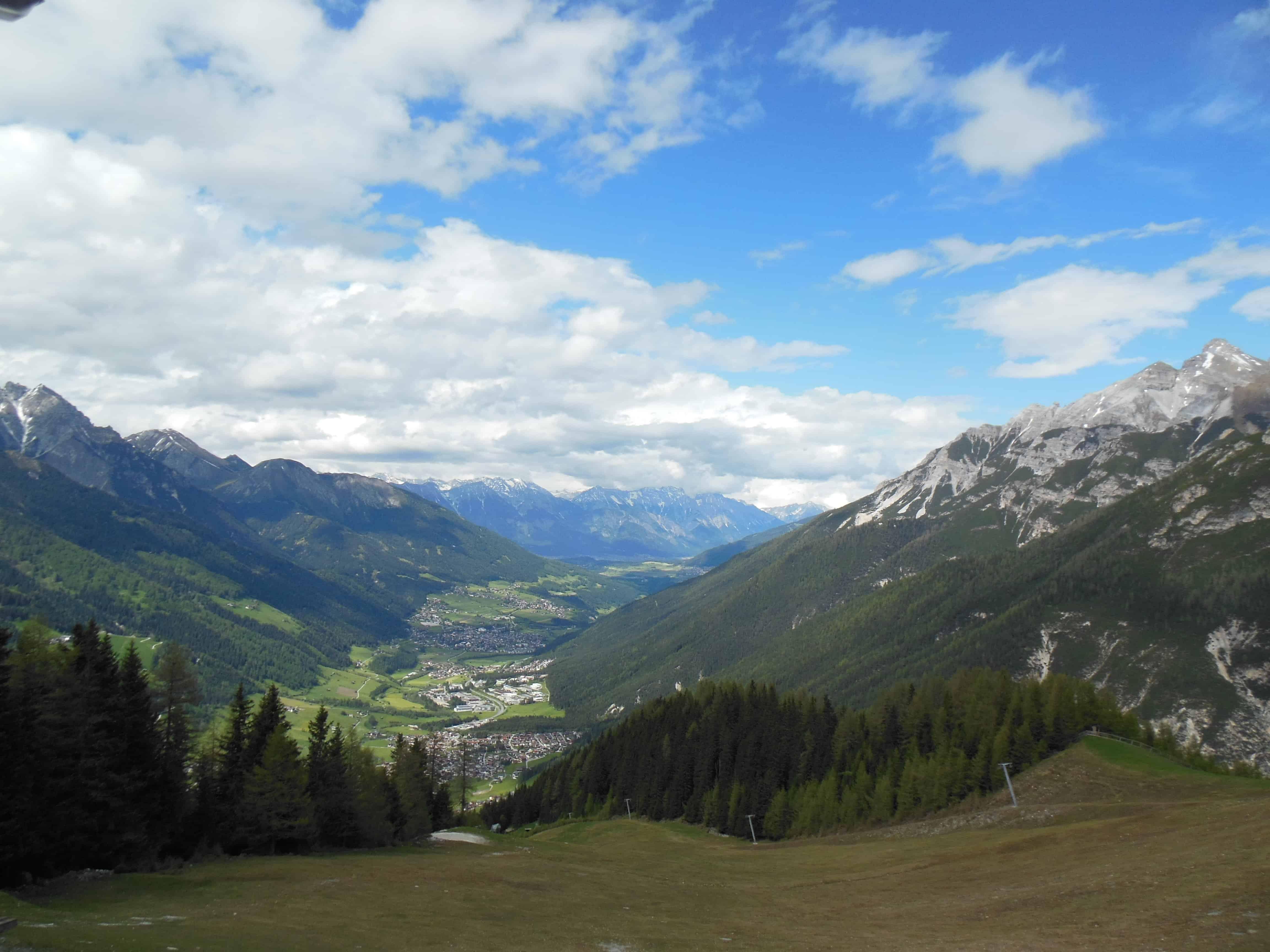 Blick von der Bergstation des Elferlifts talsauswärts