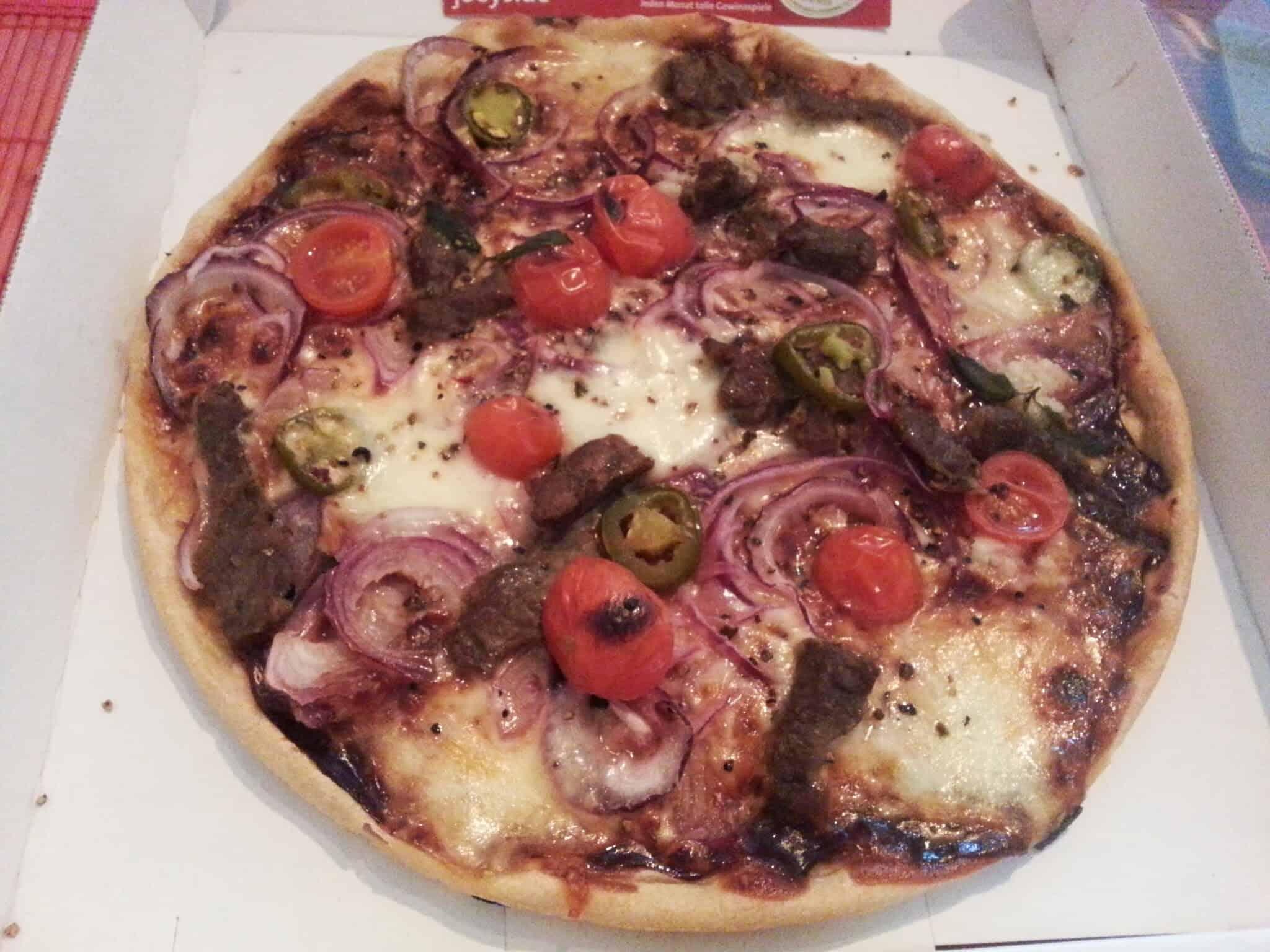 Bild der Pizza von Joeys Pizza Stuttgart (Rosensteinstrasse)