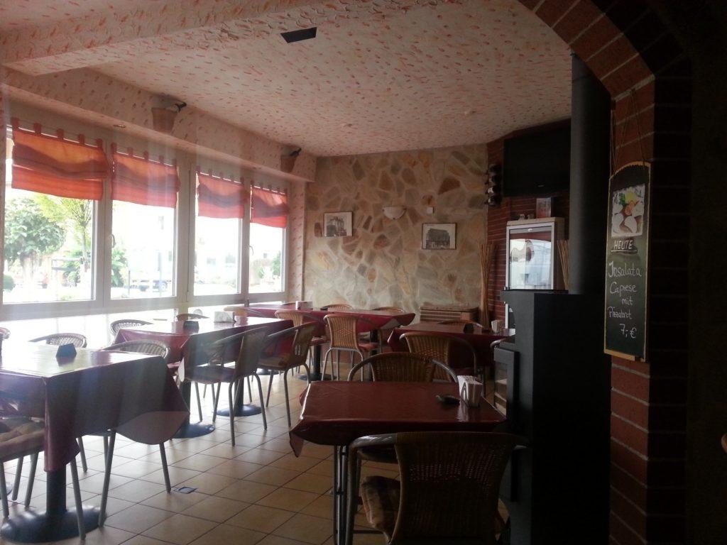 Innenansicht von ENzo's Pizza Rustiicale in Fellbach Schmiden