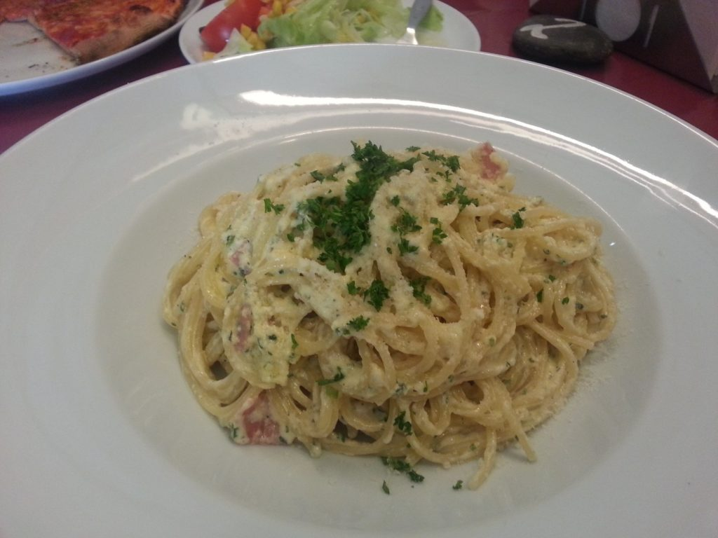 Bild meiner Spaghetti Carbonara bei Enzo's Pizza Rusticale