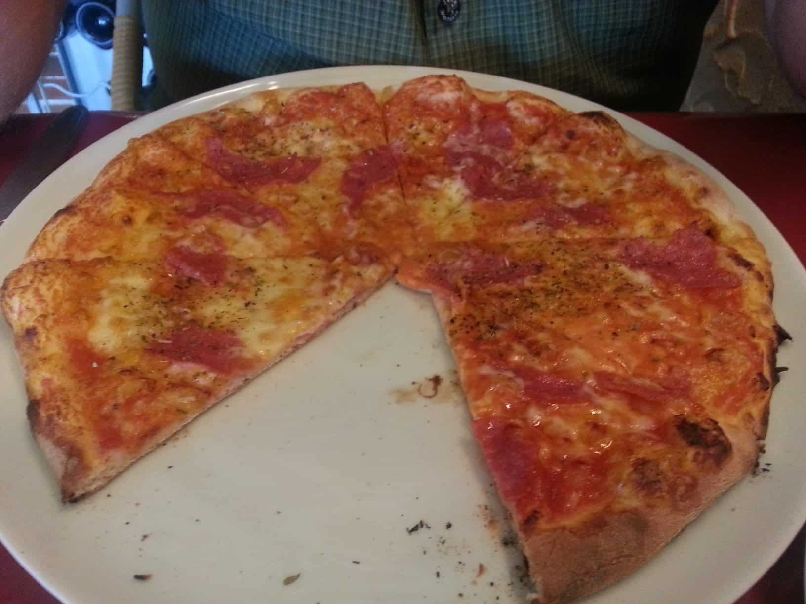 Mittagessen in Fellbach: Enzo\'s Pizza Rusticale | Hubert-testet