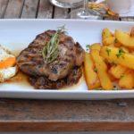 Bife a lo Pobre (argentinisches Roastbeef, 250 g; 24,90 EUR)