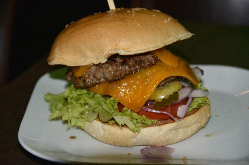 BBQ Burger bei GiGi Burger Bar Stuttgart