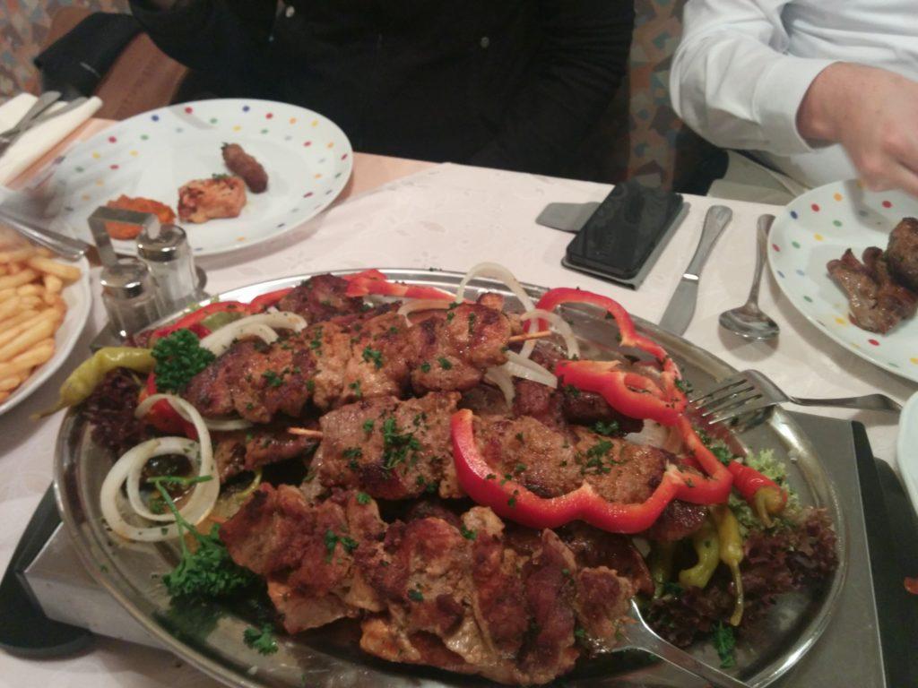 Grillerteller in der Gaststätte Eisenmann