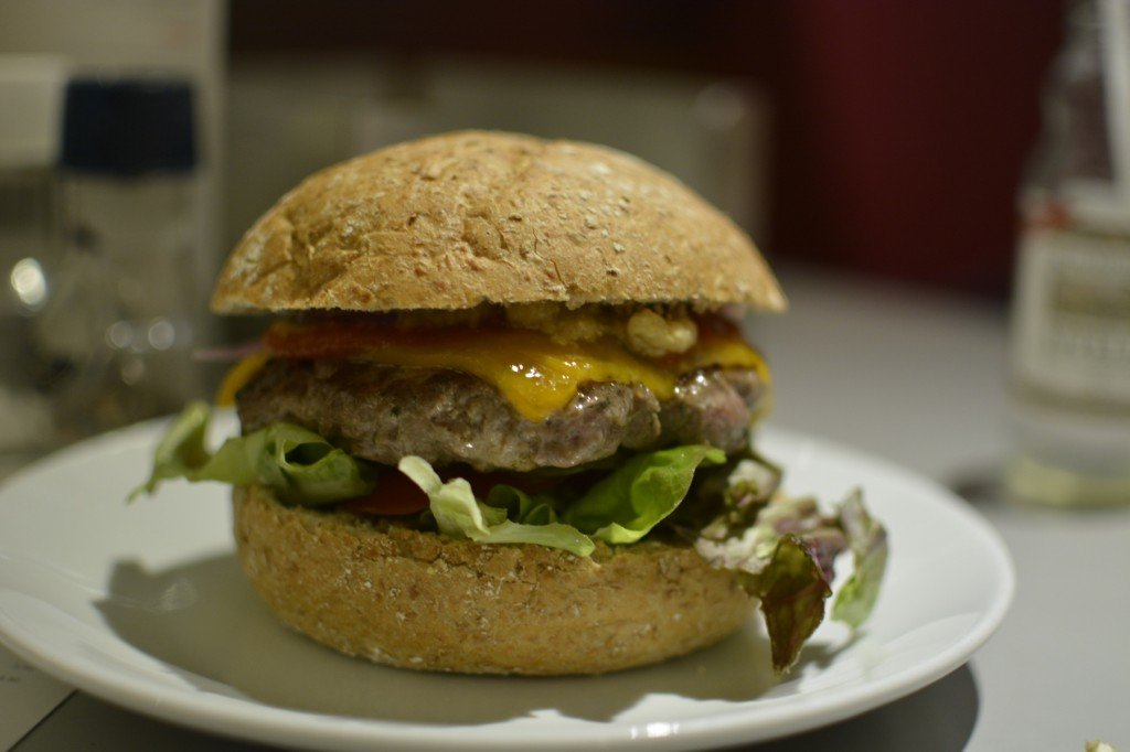 Cheeseburger im Burgermeester Amsterdam (8,00 EUR)
