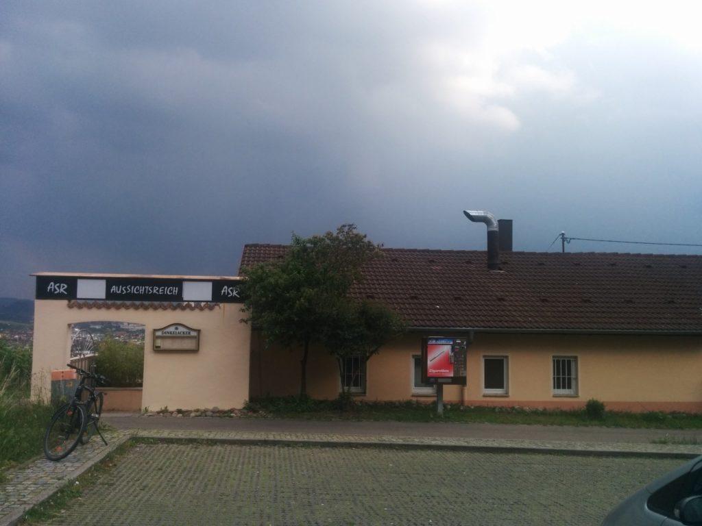 Das Aussichtsreich Stuttgart von der Auerbachstrasse her