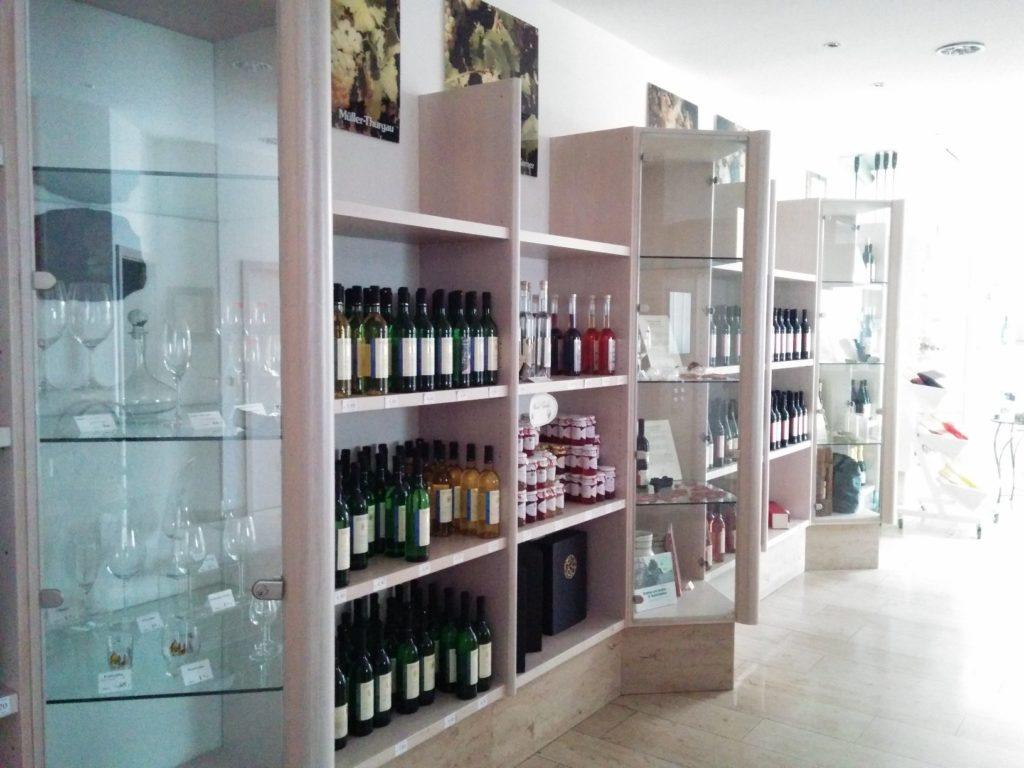 Verkaufsraum bei den Weingärtner Markelsheim eG