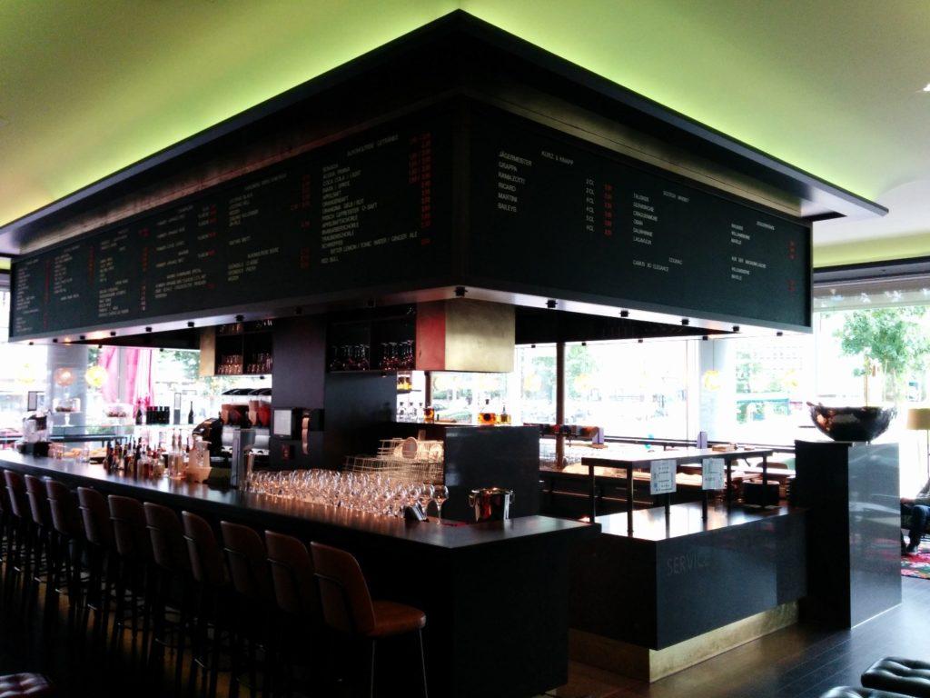 Die Bar im Manin Saarbrücken