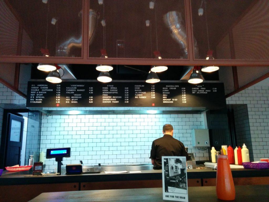 Offene Theke im Burgers in Charlottenburg