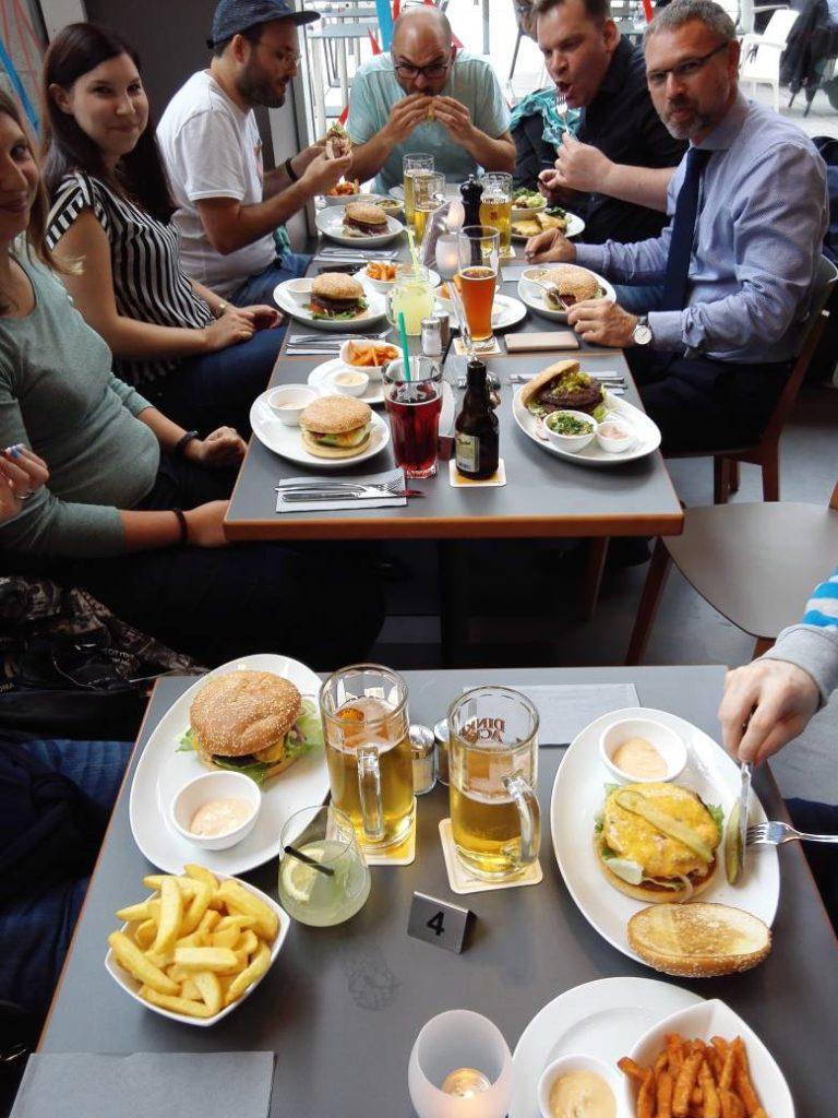 Gemischte Runde beim ersten Blog'n'Burger Stuttgart im flo Steak & Burger