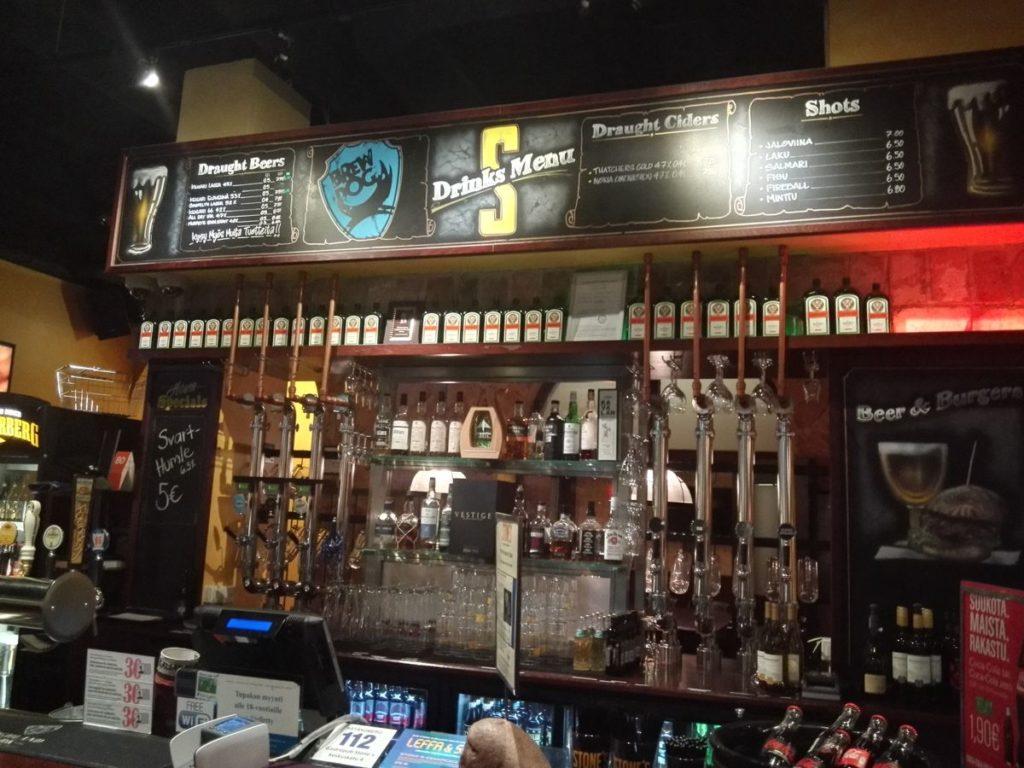 Bar im Stone's Pub Helsinki