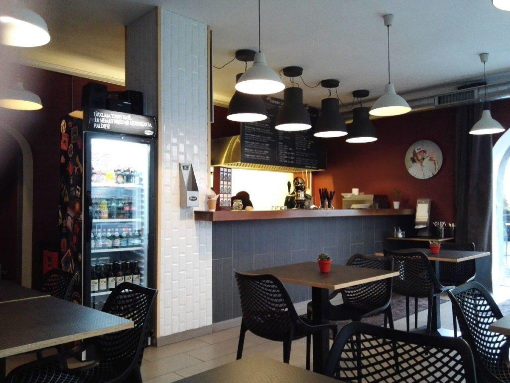 Burger Theke im Burger Corner Riga