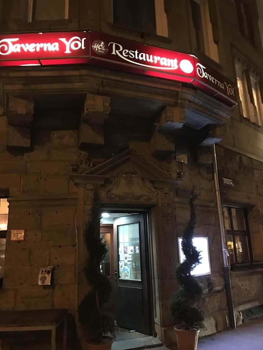 Der Eingang zur Taverna Yol im Stuttgarter Westen