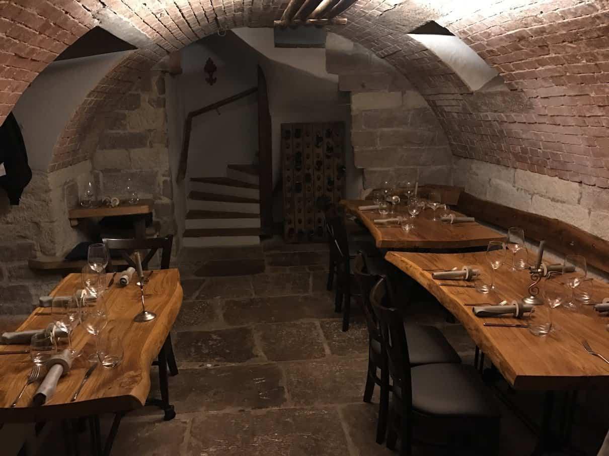Schönes Gewölbe im Keller des Restaurants Hofer - der Südtiroler