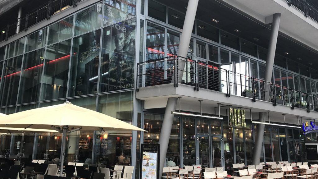 Das Alex im Sony Center am Potsdamer Platz von außen