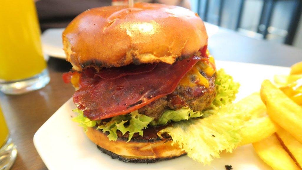BO's Beef Ham Burger