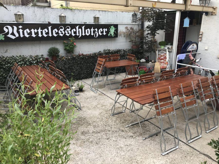 Innenhof des Viertelesschlotzer in Stuttgart