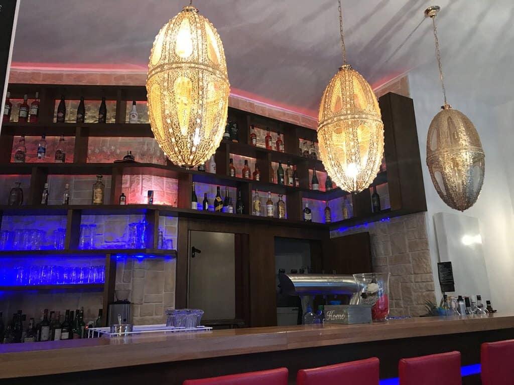 Die Bar im Oh my Burger Stuttgart