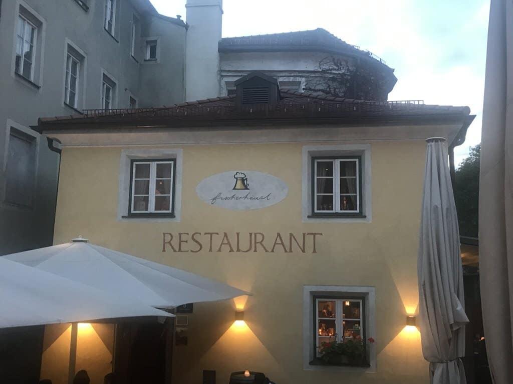 Das Restaurant Fischerhäusl von außen