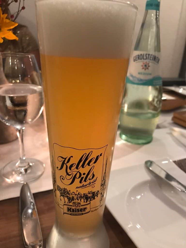 Leckeres Keller Pils von der Kaiser Brauerei