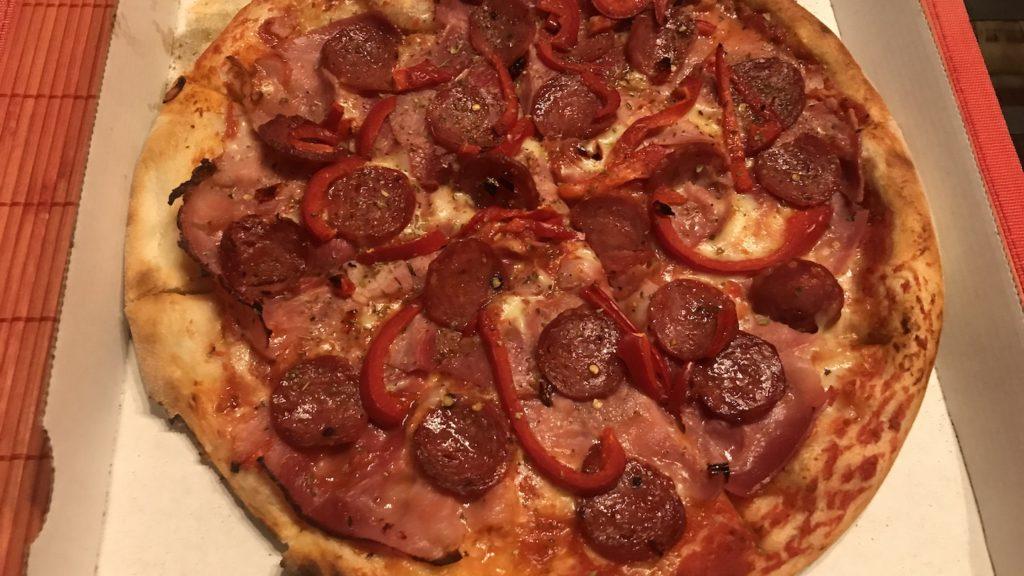Pizza Donna in Rosso von Neo Gusto Stuttgart