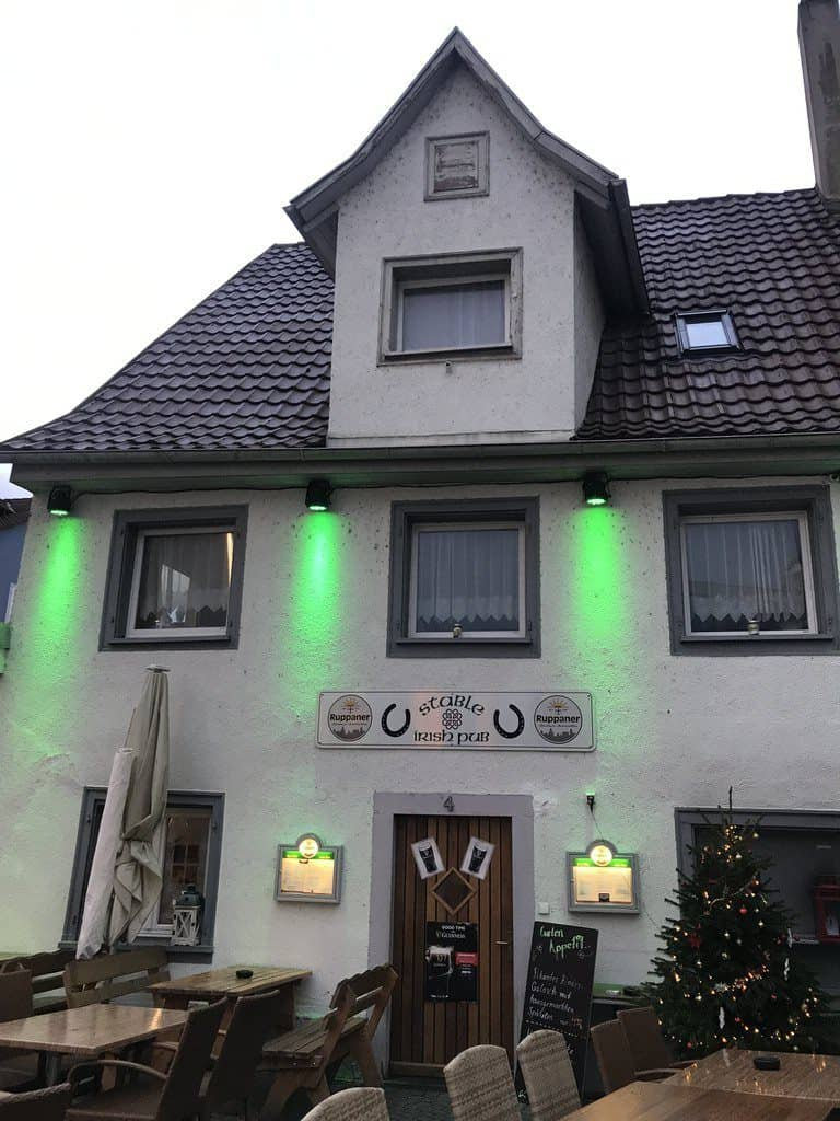 Das Stable Irish Pub neben dem LAGO Shopping Center in Konstanz - gute Burger Location!