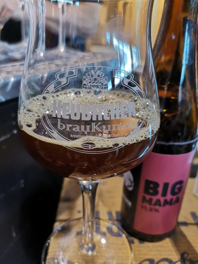 Kräftiges Bier von der Heubacher brauKunst: Big Mama