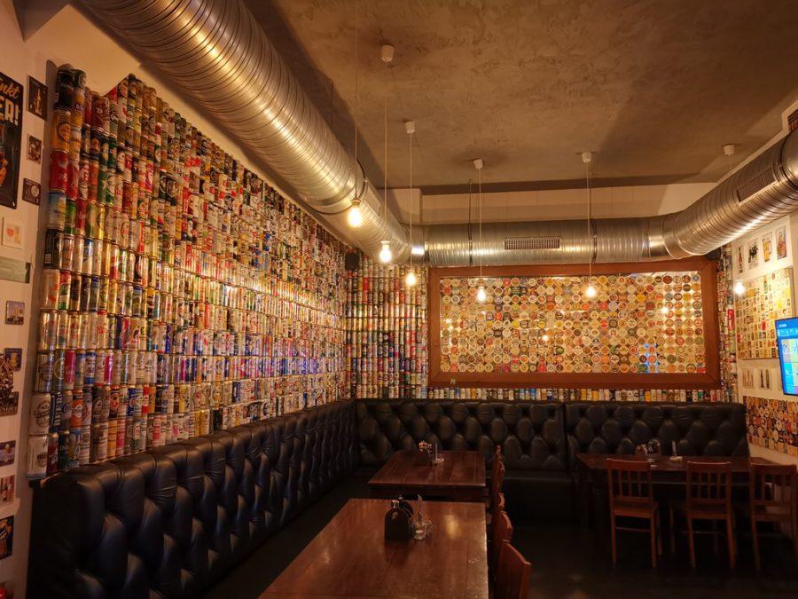 Ein etwas abgetrennter Raum im Bier & Bierli