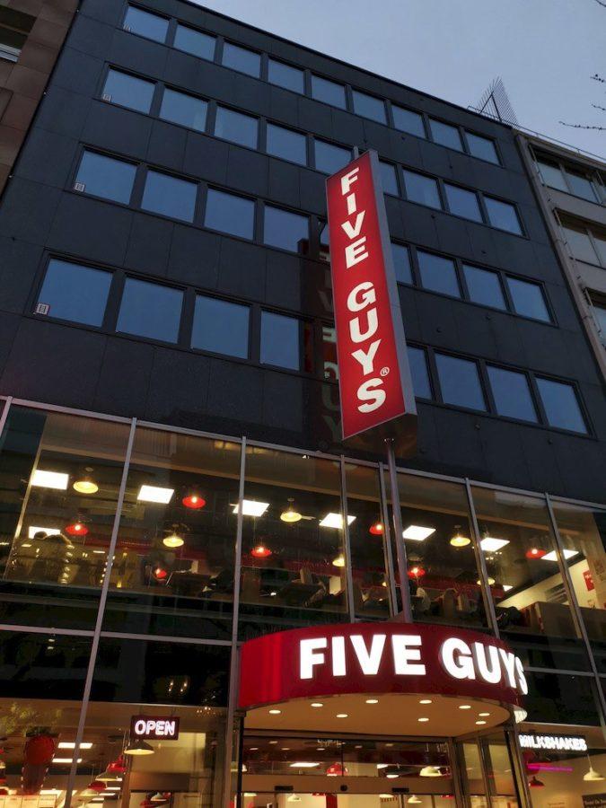 Das Five Guys Stuttgart von außen